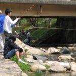 渓流管理釣り場でマス釣りを楽しもう!釣り方は?エサはなに?【ファミリーフィッシング】
